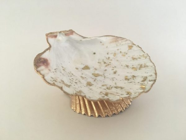 Large seashell Jewelry holder 4