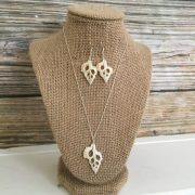 Cut seashell Necklace and earring set 1