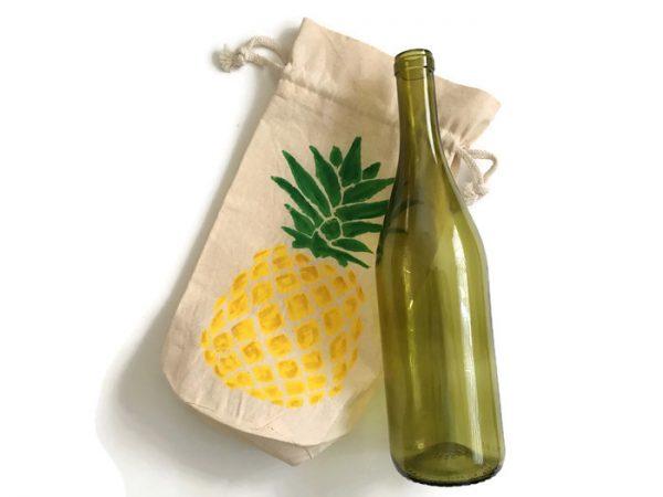 Pineapple Wine Gift Bag