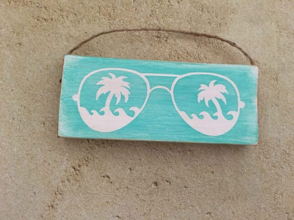 Sunglasses mini wood sign ornament 1