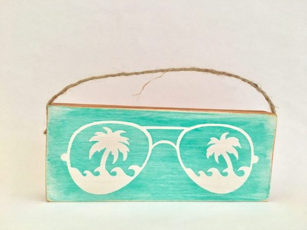 Sunglasses mini wood sign ornament