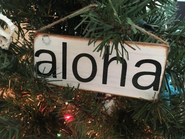 mini aloha sign 8
