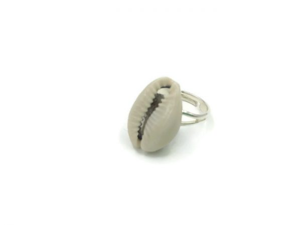 Cowrie Ring 1