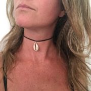 Simple suede cowrie seashell choker 2