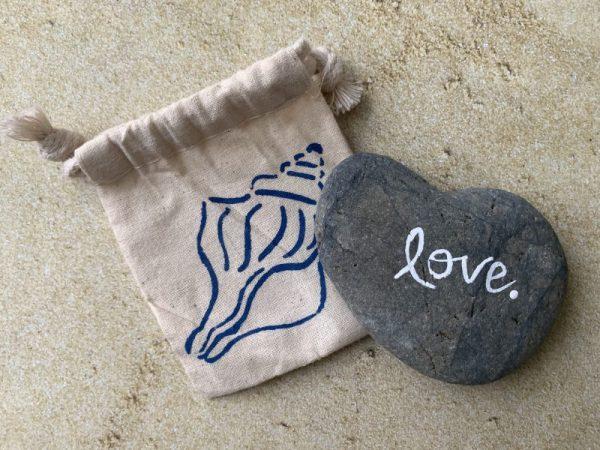 L1.13 Heart Shaped Beach Stone